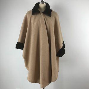 Vintage Linda Dano Fleece Poncho
